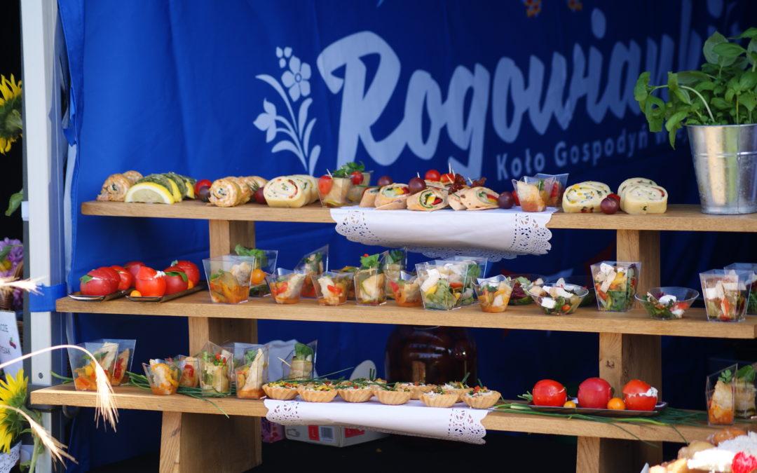 Koło Gospodyń Wiejskich Rogowianki na Food Festival Wolanów